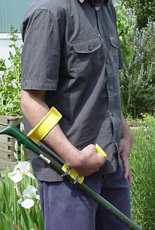 Peta easi grip add on handles adapted gardening tools for Gardening tools for seniors
