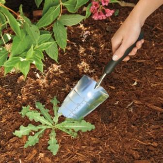 Garden trowel by oxo good grips cushion grip gardening for Garden trowels for sale