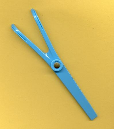 Amazon.com: Flossaid Dental Floss Holder-Single Handle: Health ...