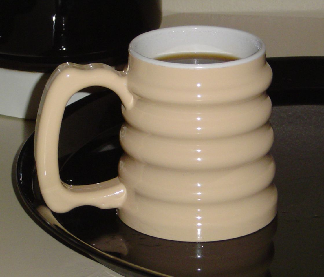 cups drinking straws glasses and mugs for people with arthritis
