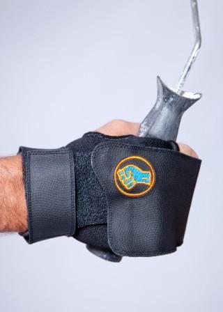 Gripeeze-Elastic-Tube-Gripping-Aid