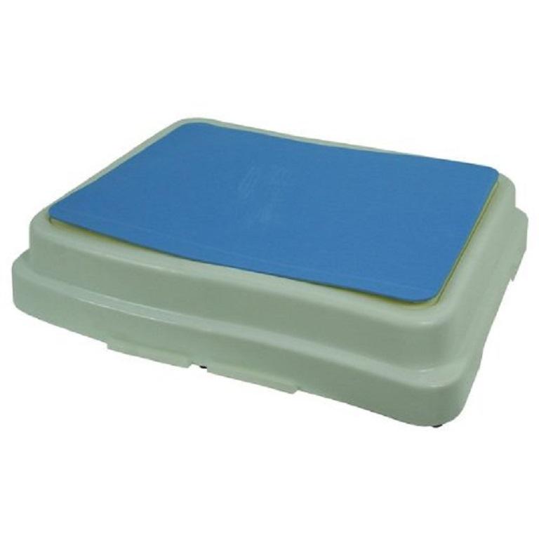 Bathtub Step :: Improve Bath Safety For Users With Arthritis