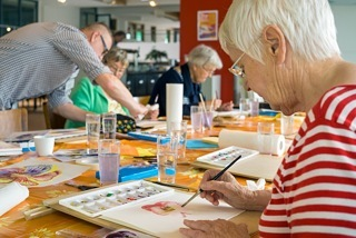 Benefits of Art Therapy for Arthritis Patients