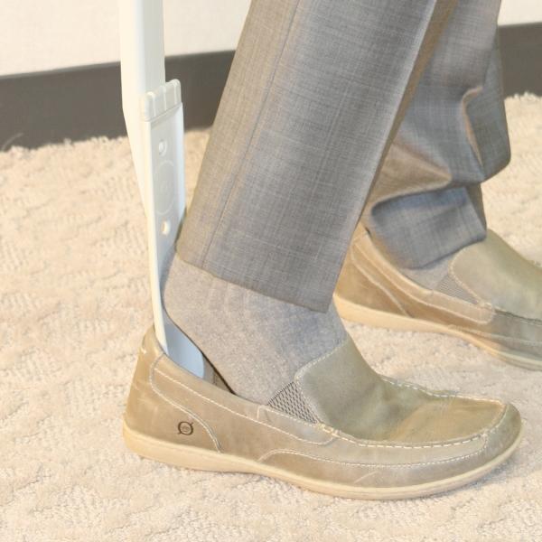 Long-Handle-Shoe-Horn-Sock-Remover