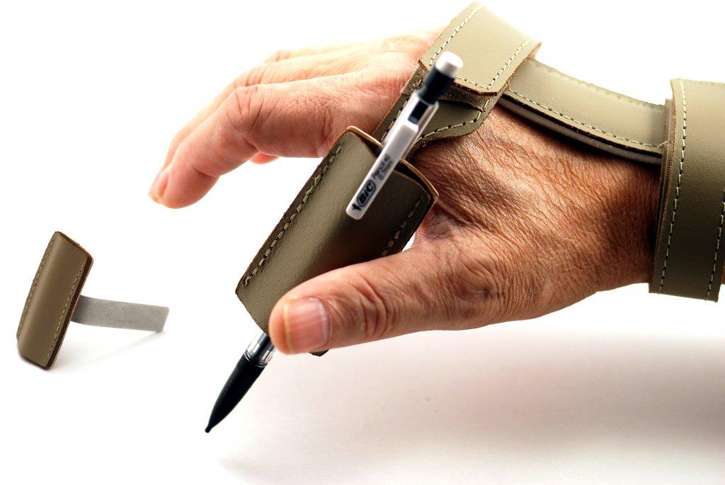 Right Angle Utensil Pocket